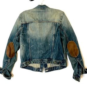 Classic Gap Denim Jacket w/Leather Elbow Patches
